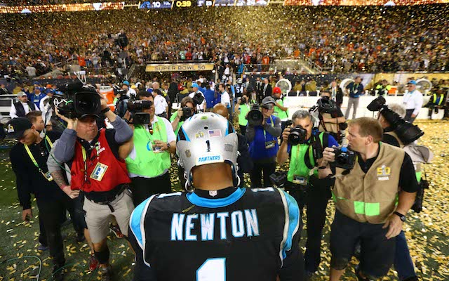 Super_bowl_50_cam_newton_press_conference_panthers