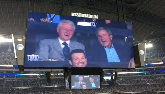 It's not every day you see a Cowboys quarterback hanging out with two ex-presidents. (Twitter/@WillMcKinnnis3)