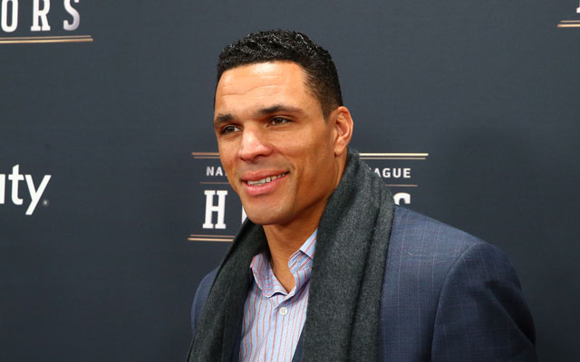 Tony Gonzalez will join CBS Sports 'The NFL Today' in 2014.