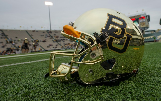 Baylor could wear different uniform combo in every game for 10 years ... 08118967c