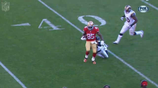Things got a little awkward between Vernon Davis and T.J. McDonald. (Fox/NFL)