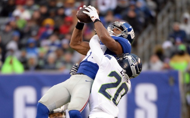 Victor Cruz sufferd a concussion and injured his knee against the Seahawks. (USATSI)