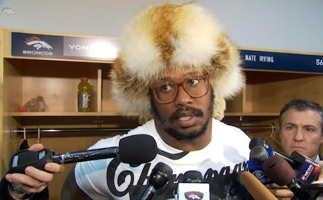 Von Miller wore an amazing hat on Sunday.
