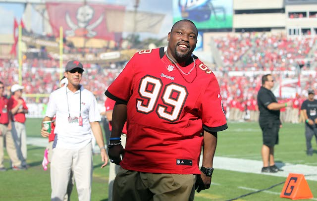 super popular a2b65 f16b5 Keyshawn Johnson: Warren Sapp bullied a Buccaneers player ...