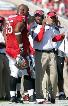 A. Haynesworth had a nice first week in Tampa Bay (US Presswire).