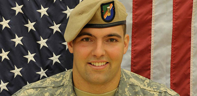 Army Ranger Alejandro Villanueva last played football in 2009. (PhiladelphiaEagles.com)