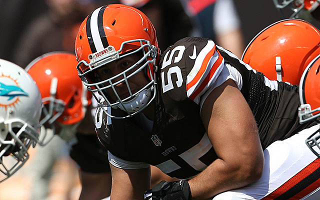 The Browns' use of the transition tag on Alex Mack was smart. (USATSI)