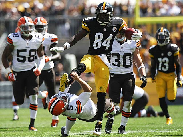 IMAGE(http://sports.cbsimg.net/images/blogs/antonio-brown-kicks-punter-3a.jpg)