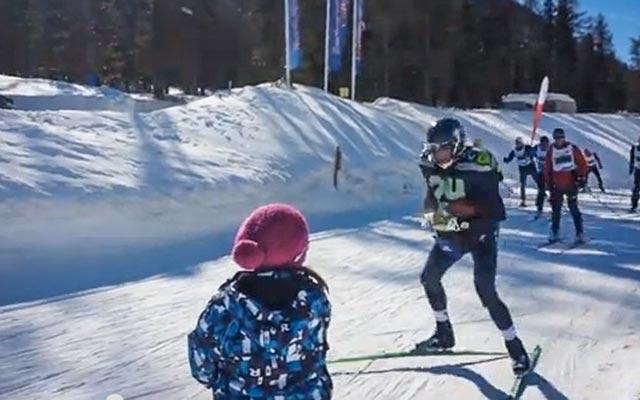One fan honored Marshawn Lynch during a Swiss ski marathon. (YouTube)