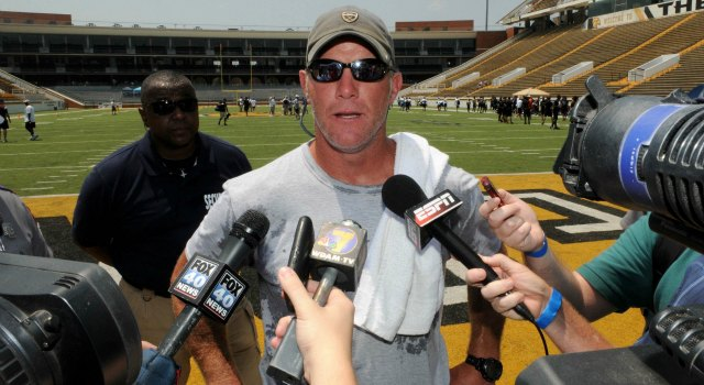 Brett Favre has turned himself into an endorser. (USATSI)