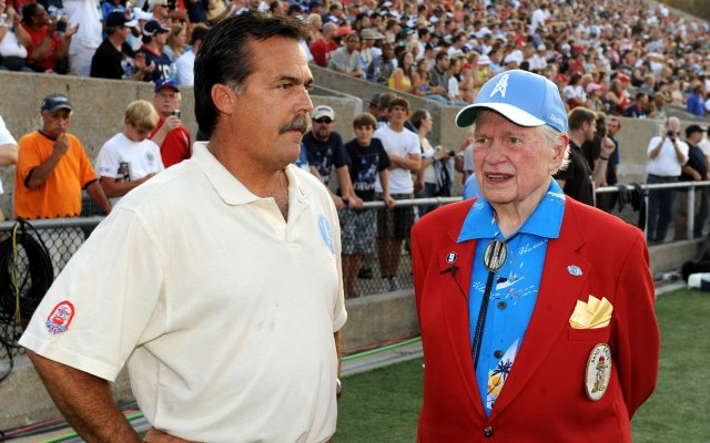 Bud Adams was one of the original AFL owners with the Houston Oilers. (USATSI)