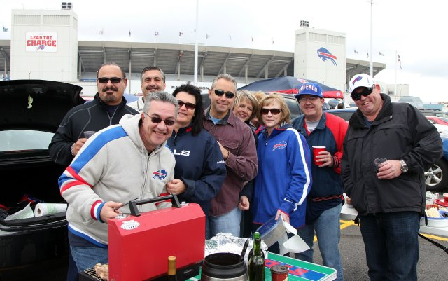 The Bills would like their fans to buy beer inside the stadium at 11 a.m. (USATSI)