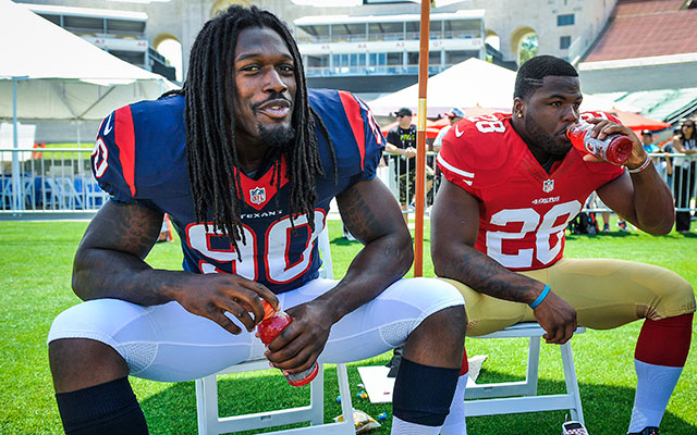 Jadeveon Clowney was dealing with a groin issue. (USATSI)