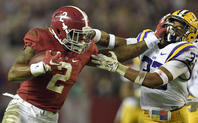 Derrick Henry powered his way to the 2015 Heisman Trophy. (USATSI)