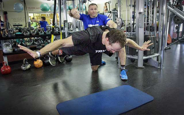 Drew Brees gets airbone on an extreme pushup. (The Brand Amp)