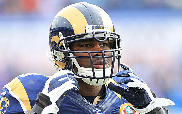 SOme believe the loss of Jo-Lonn Dunbar has been key to the Rams' rough start. (USATSI)