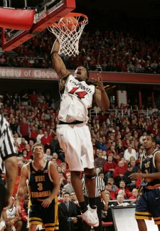 Another Former College Basketball Star To Try Pro Football