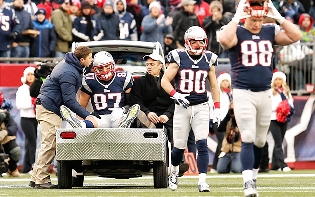 Despite Rob Gronkowski's ACL injury, the NFL says knee injuries have decreased. (USATSI)