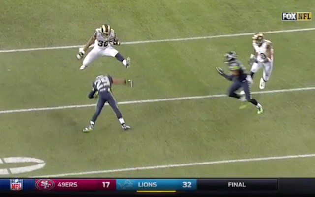 Let's all watch Todd Gurley jump right over Earl Thomas (and then fumble)