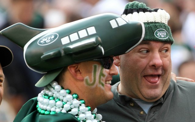 James Gandolfini clowns around during a 2011 New York-Buffalo game. (USATSI)