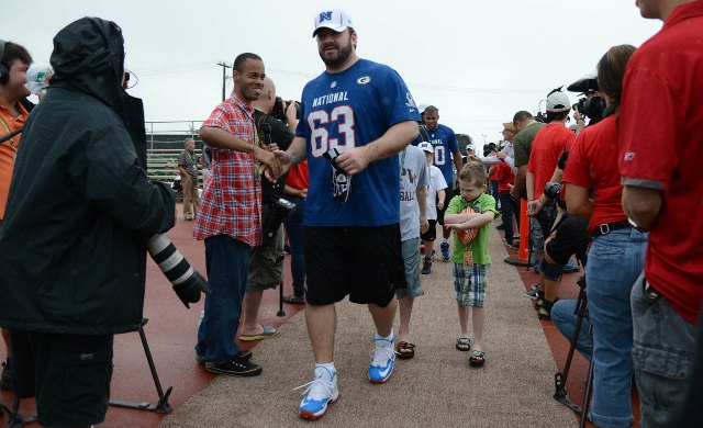 Jeff Saturday doesn't look like this anymore. (USATSI)