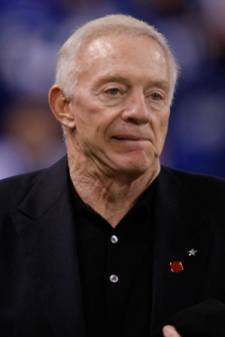 Jerry Jones' stadium did not fare well at Super Bowl XLV (Getty).