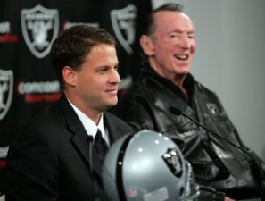 Lane Kiffin took shots at his former boss, Oakland owner Al Davis (Getty).