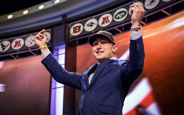 Brian Hoyer welcomes the opportunity to compete with Johnny Manziel. (USATSI)