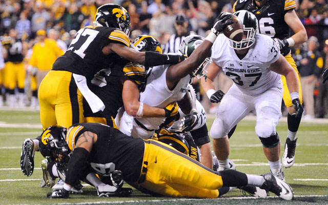 Long drive by Michigan State leads to win over Iowa
