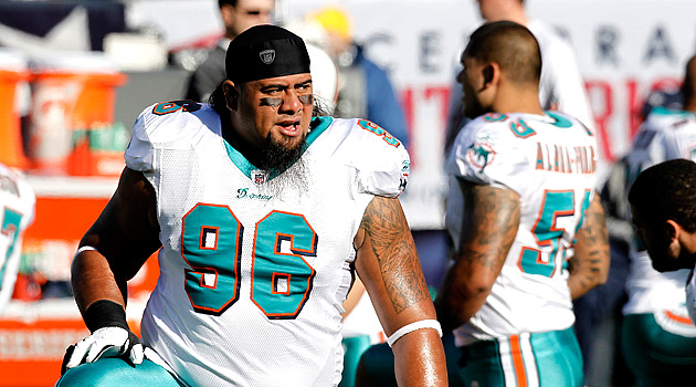 Paul Soliai Report Dolphins keep DT Paul Soliai in Miami CBSSportscom