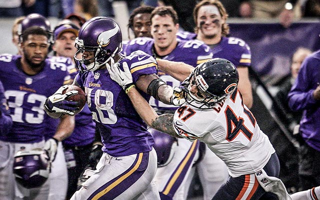 Adrian Peterson was the Vikings' offense in 2013. That has to change in 2014. (USATSI)