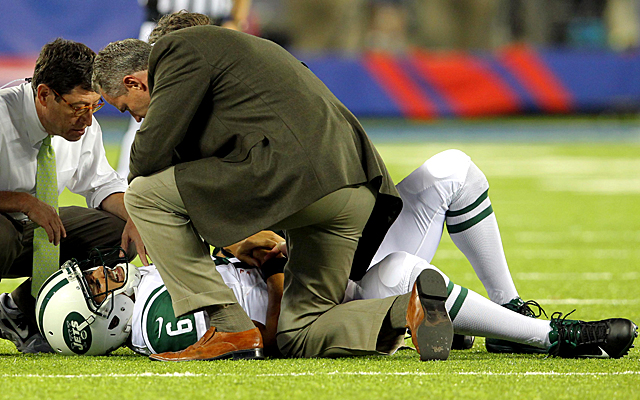 If it wasn't for this injury to Mark Sanchez, Geno Smith might not have won his job. (USATSI)