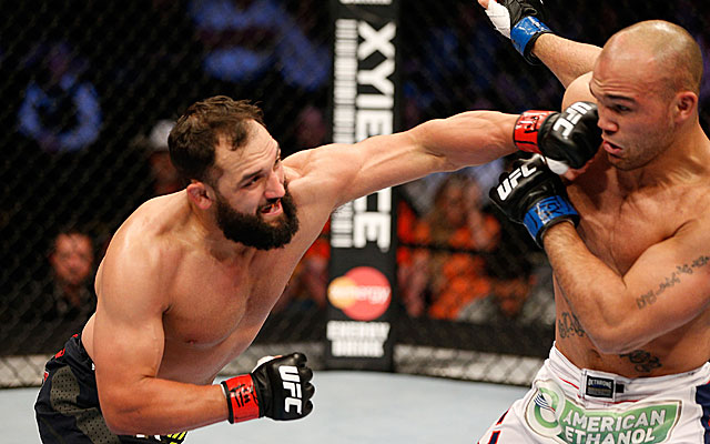 Johny Hendricks defeats Robbie Lawler via five-round unanimous decision. (Getty Images)
