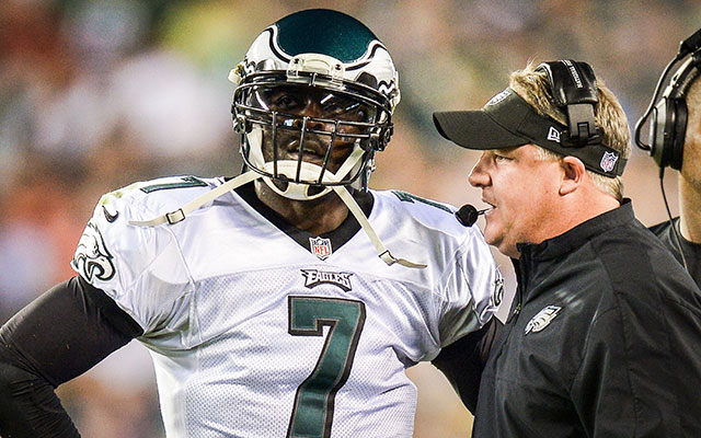 Michael Vick doesn't agree with LeSean McCoy when it comes to Chip Kelly. (Getty Images)