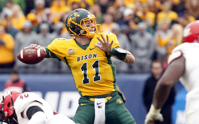 How Carson Wentz A Future 1st Round Nfl Draft Pick Fell Through