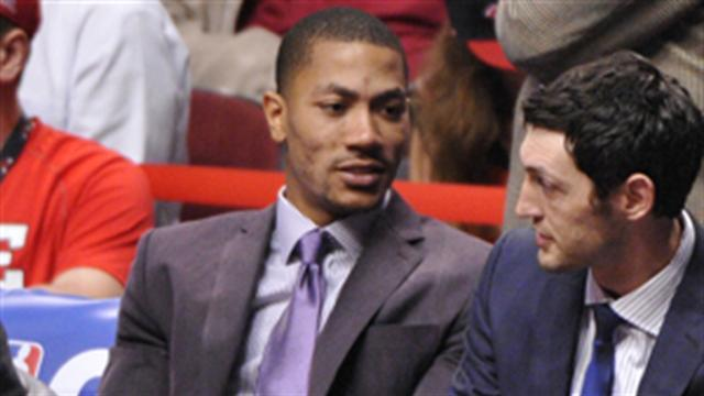 NBA: Derrick Rose: You've Got Mail