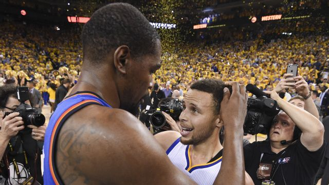 Report: Warriors, Heat are only real players to pry Durant out of OKC in free agency