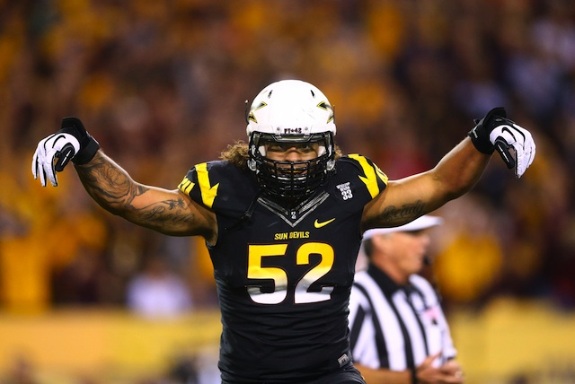 Carl Bradford has signed with an agent and will not return to ASU for his senior year.  (USATSI)