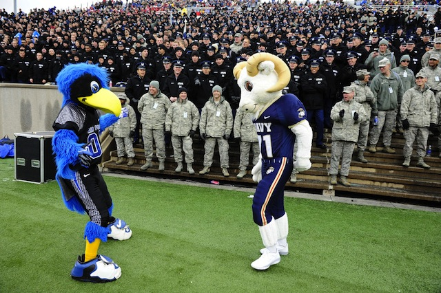 Saturday's rivalry game between Air Force and Navy is in jeopardy due to the government shutdown. (USATSI)
