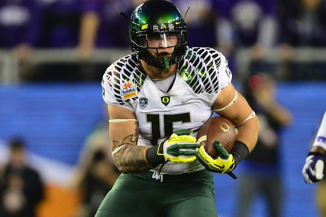 Oregon TE Colt Lyerla, a member of the 2013 Mackey Award watch list, is poised to break out in 2013. (USATSI)