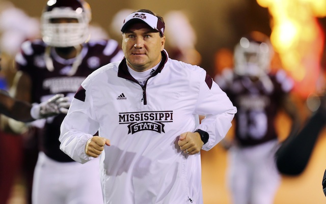 Uncle Eddie Christmas Vacation.Look Dan Mullen Has Uncle Eddie Themed Sweater For