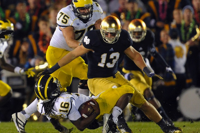 Notre Dame linebacker Danny Spond (No. 13) will retire from football due to a medical issue. (USATSI)
