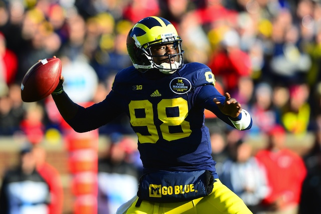 Devin Gardner could miss the Buffalo Wild Wings Bowl against Kansas State.  (USATSI)