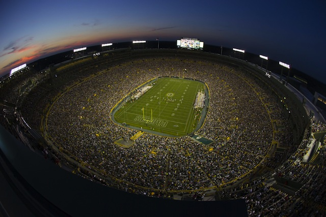Lambeau Field is expected to host LSU and Wisconsin in 2016. (USATSI)
