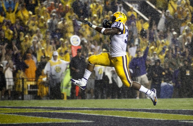 Jeremy Hill was one of the stars shining on Saturday. Unfortunately, sun was not in many sloppy, rain-soaked games. (USATSI)