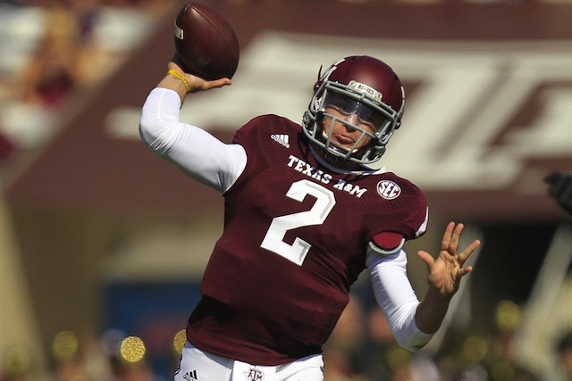 Johnny Manziel looked healthy and was quite productive against Vanderbilt. (USATSI)