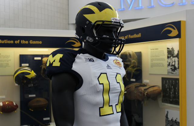 College Football Uniforms Jersey