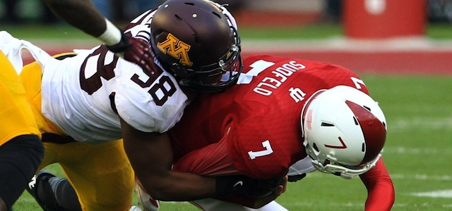 Minnesota's defense benefited from Mortell's punting in the second half. (USATSI)