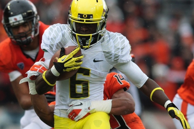 Oregon reportedly will wear the same uniforms from last year's Civil War against Stanford. (USATSI)