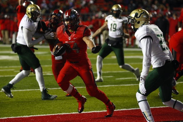 Rutgers will play Notre Dame in the Pinstripe Bowl after beating USF on Saturday.  (USATSI)